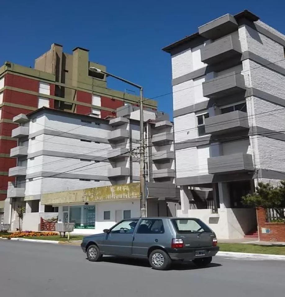 MONOAMBIENTE EN VENTA AV COSTANERA Y SAN BERNARDO